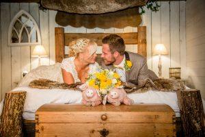 bride-groom-hideaway-hut