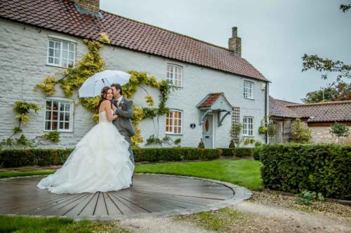 Garden-Cottage-Loversall-Bride
