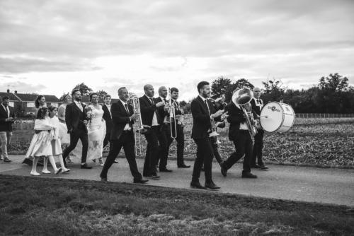 bride-groom-band-bw